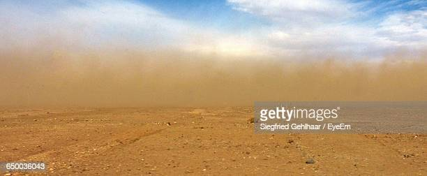 idyllic shot of sandstorm in desert - dust storm stock pictures, royalty-free photos & images