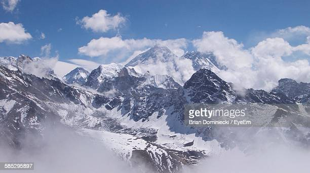 Idyllic Shot Of Snowcapped Mt Everest Against Sky