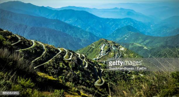idyllic view of mountains - sikkim stock pictures, royalty-free photos & images