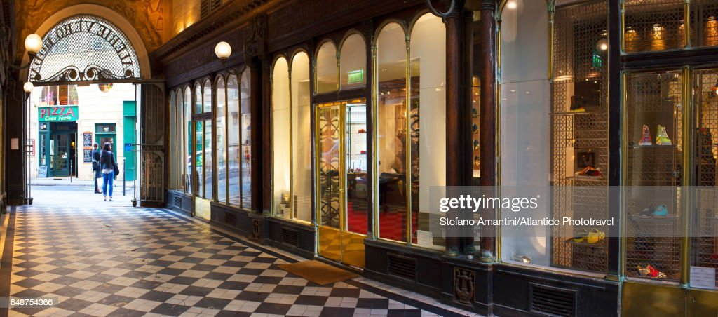 Ier arrondissement, Galerie Véro-Dodat, one of the covered passages of Paris : Stock-Foto