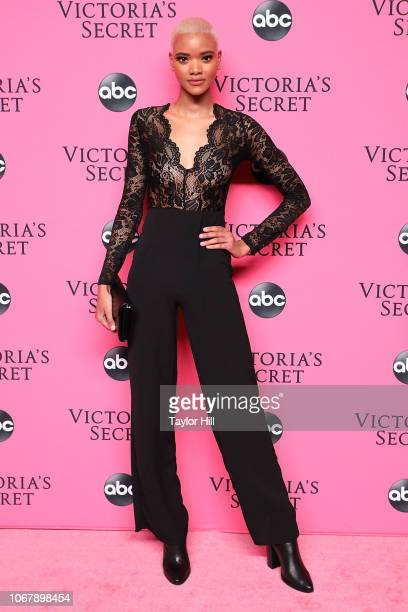 Iesha Hodges attends the 2018 Victoria's Secret Fashion Show Viewing Party at Spring Studios on December 2, 2018 in New York City.