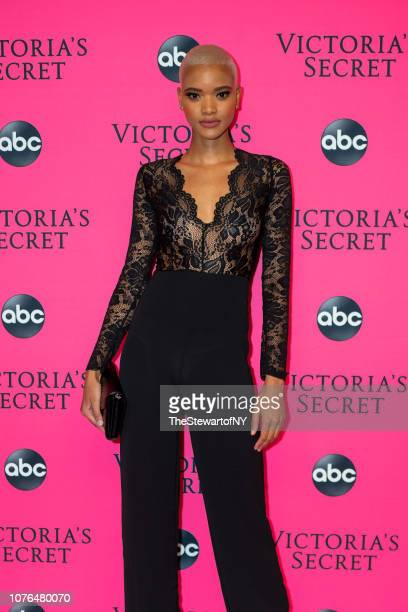 Iesha Hodges attends the 2018 Victoria's Secret Fashion Show viewing party at Spring Studios on December 02 2018 in New York City