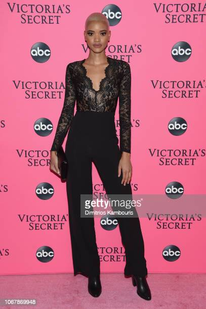 Iesha Hodges attends the Victoria's Secret Viewing Party ar Spring Studios on December 2 2018 in New York City