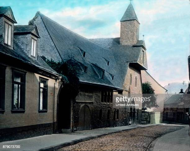 If we are traveling through the streets of Goslar we find that one is so diverse the plant of the houses that general principles above can not be...