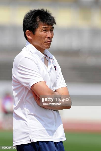 Iga FC Kunoichi head coach Kim Jongdal looks on during the Nadeshiko League match between Urawa Red Diamonds Ladies and Iga FC Kunoichi at the Urawa...