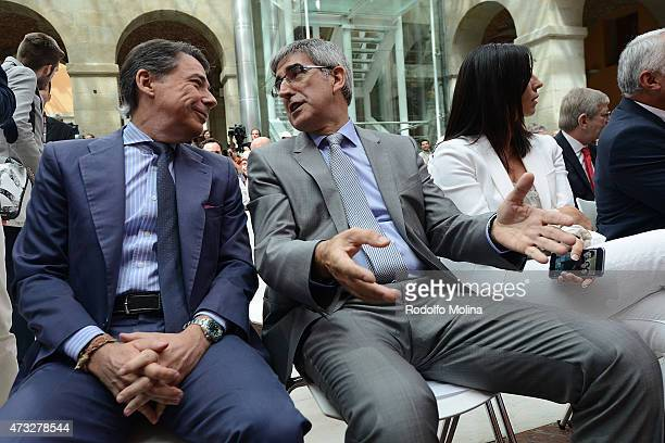 Igancio Gonzalez President of Comunidad de Madrid talks to Jordi Bertomeu President and CEO Euroleague Basketball during the Efes Euroleague Award...
