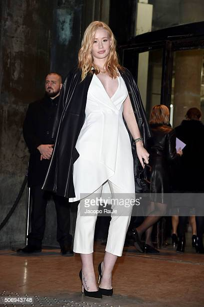 Iggy Azalea arrives at the Giorgio Armani Prive fashion show Paris Fashion Week Haute Coture Spring /Summer 2016 on January 26 2016 in Paris France