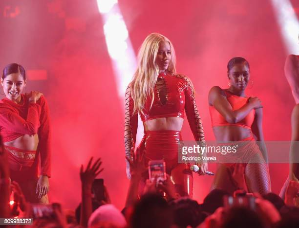 Iggy Azalea performs on stage during Univision's Premios Juventud 2017 Celebrates The Hottest Musical Artists And Young Latinos ChangeMakers at...