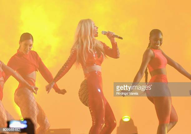 Iggy Azalea performs on stage during Univision's 'Premios Juventud' 2017 Celebrates The Hottest Musical Artists And Young Latinos ChangeMakers at...