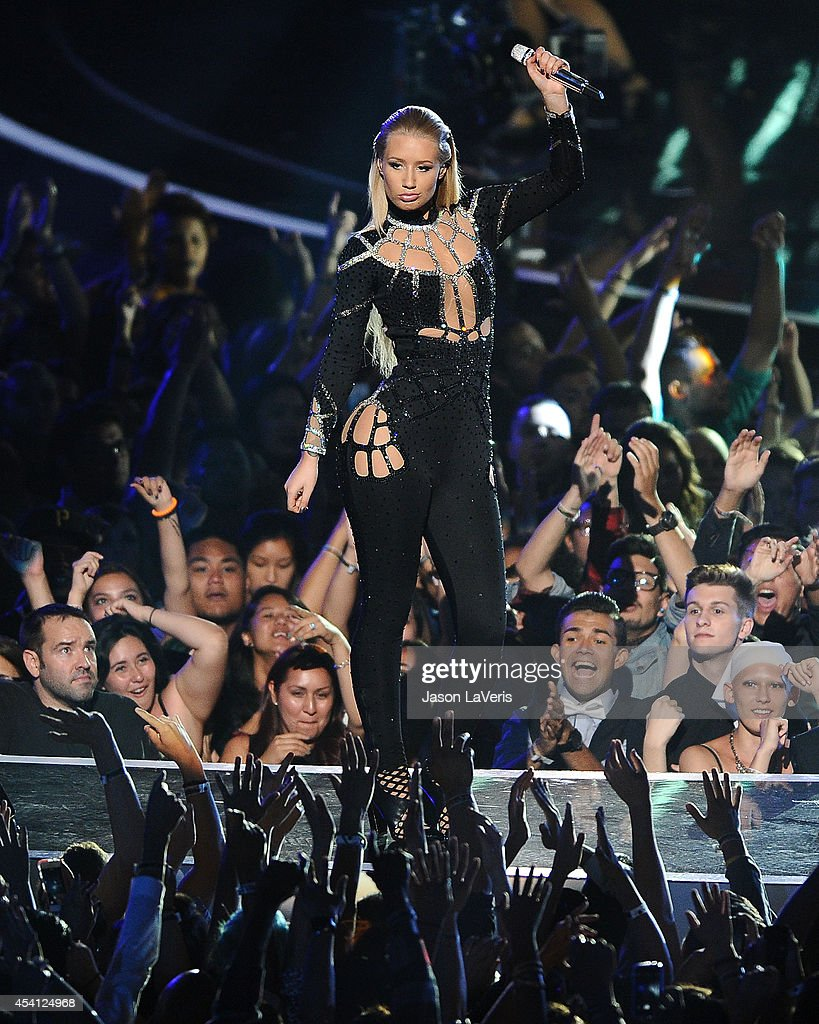 Iggy Azalea performs onstage at the 2014 MTV Video Music Awards at The Forum on August 24, 2014 in Inglewood, California.