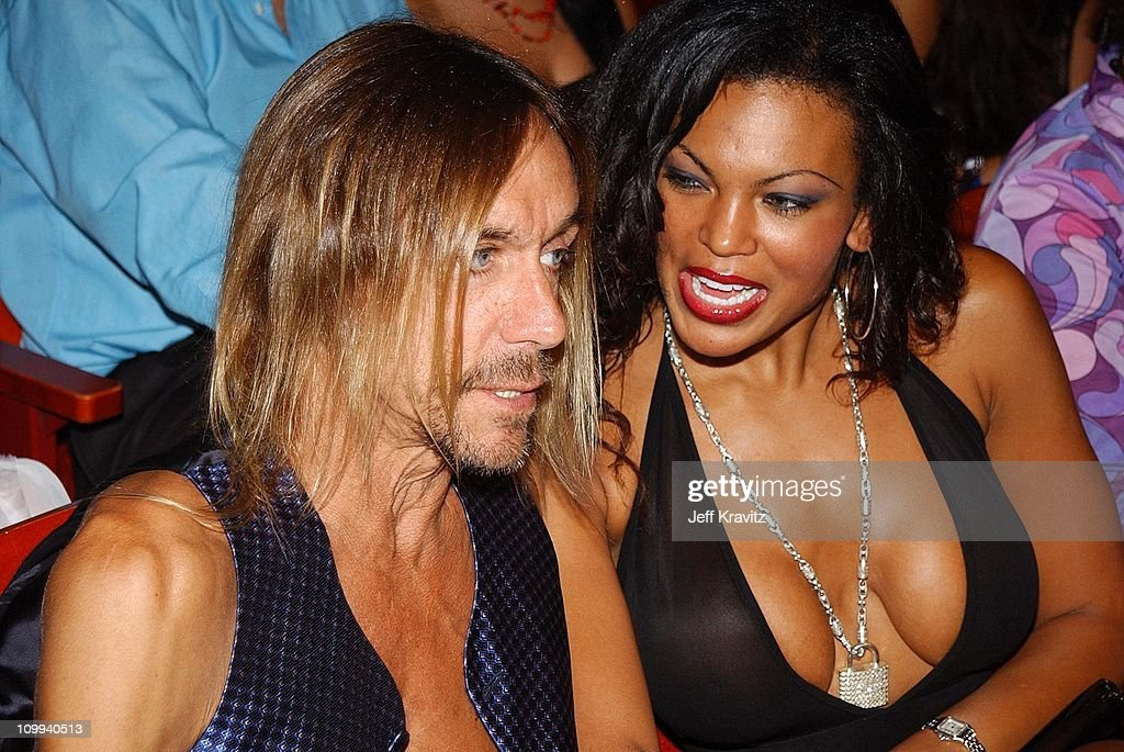 Iggy Pop and guest during MTV Video Music Awards Latinoamerica 2002 at Jackie Gleason Theater in Miami, FL, United States.