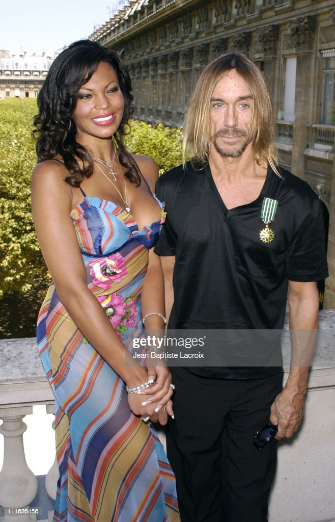 Iggy Pop & girlfriend Nina during Iggy Pop Receiving the 'Arts and Letters Medal' - Photocall - Paris at Ministry of Culture in Paris, France.