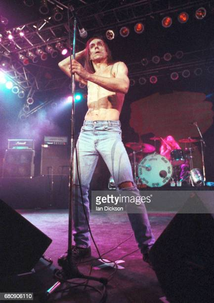 Iggy Pop performing on stage at Rainbow Theatre London 07 March 1977