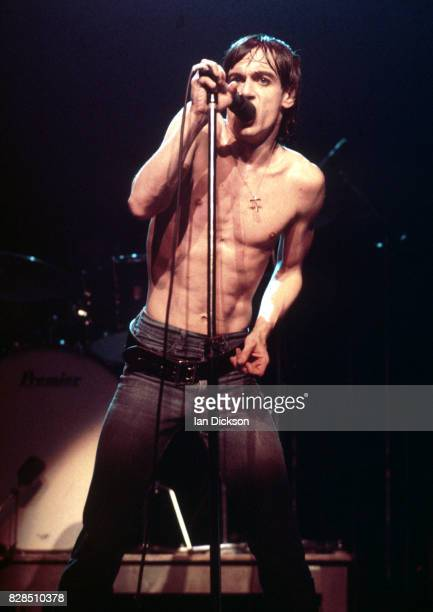 Iggy Pop performing on stage at Rainbow Theatre, London 07 March 1977.