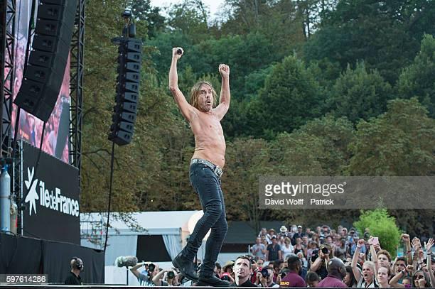 Iggy Pop performs at Rock en Seine on August 28 2016 in Paris France