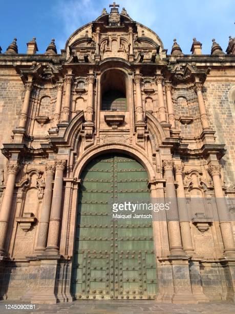 iglesia de la compania de jesus in cuzco (cusco), the historical capital of the inca empire. - delstaten jalisco bildbanksfoton och bilder