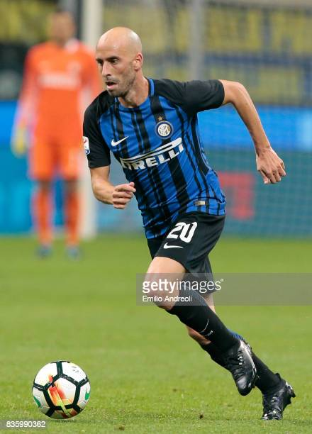 Iglesias Borja Valero of FC Internazionale Milano in action during the Serie A match between FC Internazionale and ACF Fiorentina at Stadio Giuseppe...