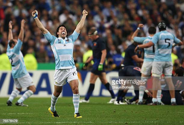 Ignacio Corleto of Argentina celebrates victory during the opening match of the Rugby World Cup 2007 between France and Argentina at the Stade de...