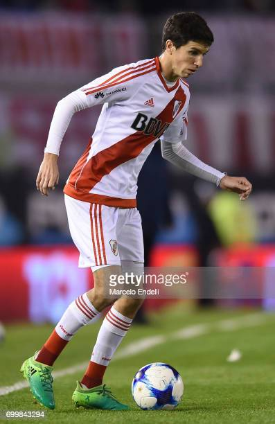 Ignacio Fernandez of River Plate drives the ball during a match between River Plate and Aldosivi as part of Torneo Primera Division 2016/17 at...