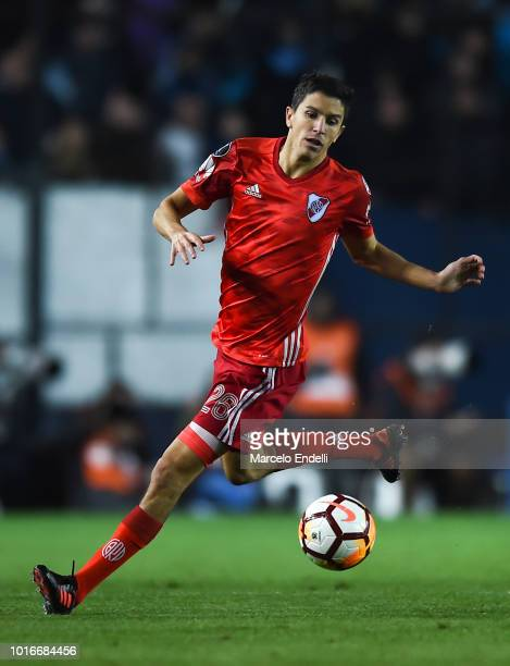 Ignacio Fernandez of River Plate drives the ball during a round of sixteen first leg match between River Plate and Racing Club as part of Copa...