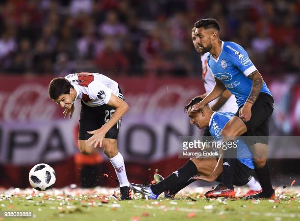 Ignacio Fernandez of River Plate looks the ball during a match between River Plate and Belgrano as part of Superliga 2017/18 at Monumental Antonio...