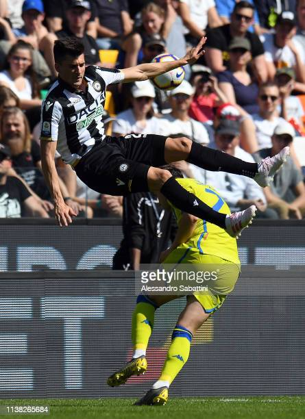 Ignacio Pussetto of Udinese Calcio jump for the ball during the Serie A match between Udinese and US Sassuolo at Stadio Friuli on April 20 2019 in...
