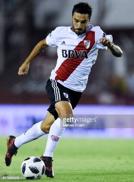 Ignacio Scocco of River Plate drives the ball during a match between Lanus and River Plate as part of the Superliga 2017/18 at Ciudad de Lanus...