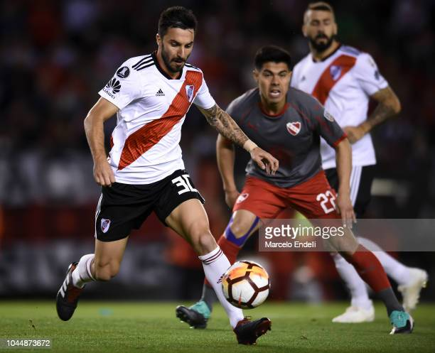 Ignacio Scocco of River Plate drives the ball during a quarter final second leg match of Copa CONMEBOL Libertadores 2018 between River Plate and...