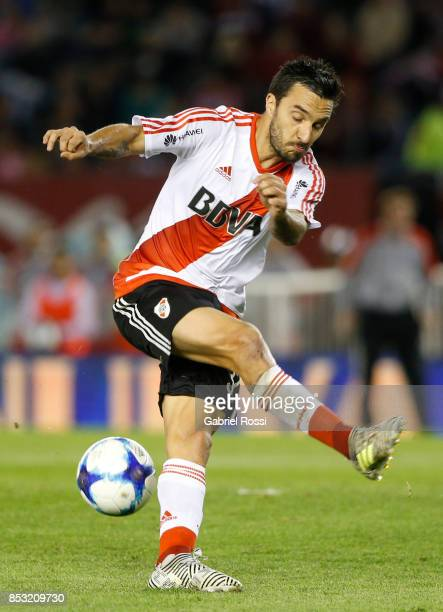 Ignacio Scocco of River Plate fails to kick the ball during a match between River Plate and Argentinos Juniors as part of the Superliga 2017/18 at...