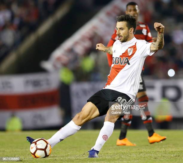 Ignacio Scocco of River Plate kicks the ball during a match between River Plate and Flamengo as part of Copa CONMEBOL Libertadores 2018 on May 23...