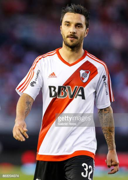Ignacio Scocco of River Plate leaves the field at the end of the first half during a match between River Plate and Argentinos Juniors as part of the...