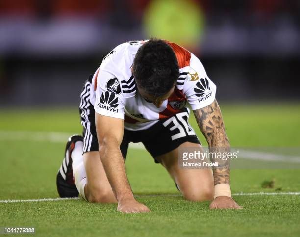 Ignacio Scocco of River Plate reacts after missing a goal during a quarter final second leg match of Copa CONMEBOL Libertadores 2018 between River...
