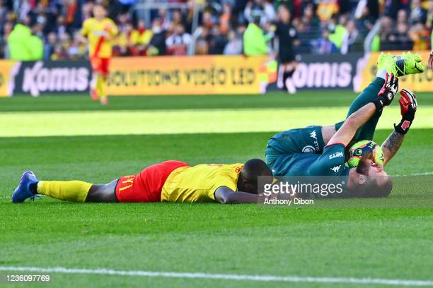 Ignatius GANAGO of Rc Lens and Alexandre OUKIDJA of Metz during the Ligue 1 Uber Eats match between Lens and Metz at Stade Bollaert-Delelis on...