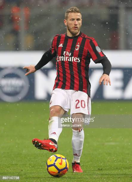 Ignazio Abate of AC Milan in action during the Serie A match between AC Milan and Bologna FC at Stadio Giuseppe Meazza on December 10 2017 in Milan...