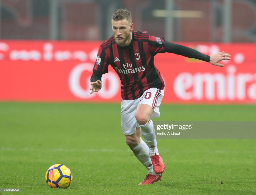 Ignazio Abate of AC Milan in action during the TIM Cup match between AC Milan and SS Lazio at Stadio Giuseppe Meazza on January 31, 2018 in Milan, Italy.