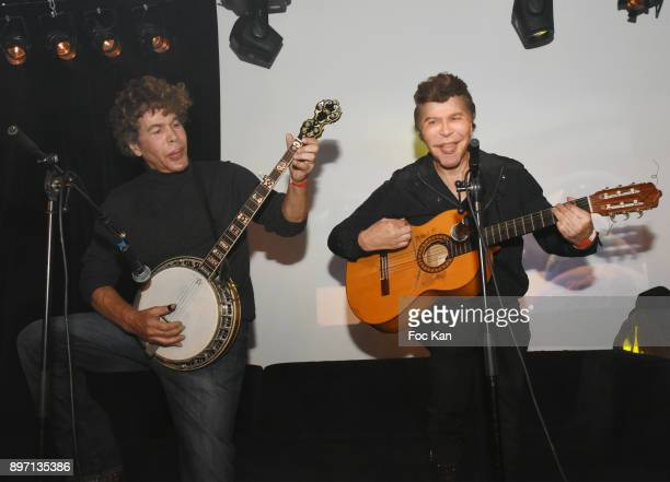 "Igor Bogdanoff and Grichka Bogdanoff perform Country songs during the ""Le Temps Retrouve"" : Party 2 At Les Bains In Paris on December 21, 2017 in..."