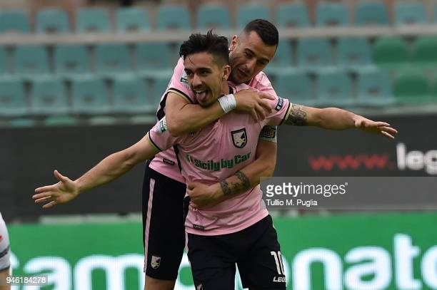 Igor Coronado of Palermo celebrates after scoring the opening goal during the serie A match between US Citta di Palermo and US Cremonese at Stadio...