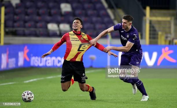 Igor De Camargo of KV Mechelen battles for the ball with Matthew Miazga of Anderlecht during the Jupiler Pro League match between RSC Anderlecht and...