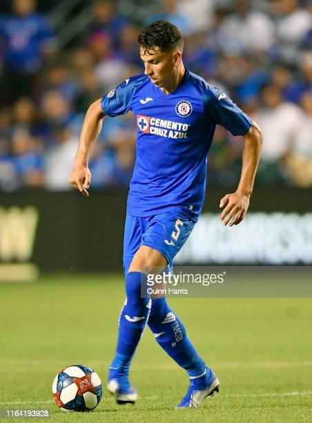 Igor Lichnovsky of Cruz Azul passes the ball during a match against Chicago Fire as part of 2019 Leagues Cup Quarterfinals at SeatGeek Stadium on...
