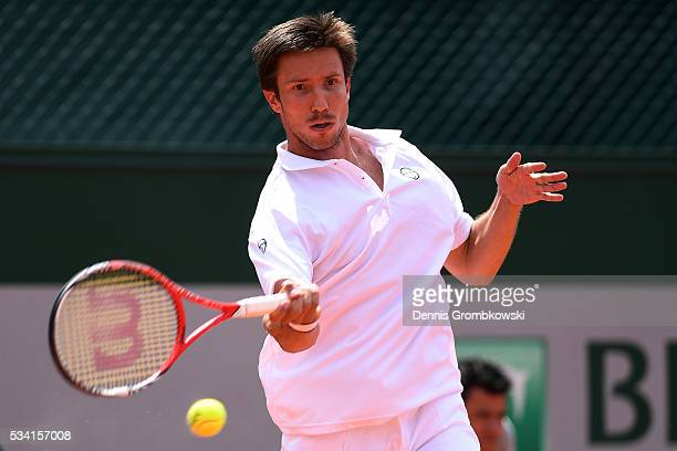 Igor Sijsling of Netherlands hits a forehand during the Men's Singles second round match against Nick Kyrgios of Australia on day four of the 2016...