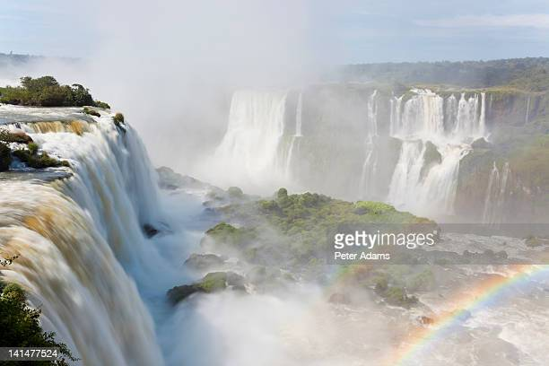 iguacu (iguazu) falls, brazil - フォスドイグアス ストックフォトと画像