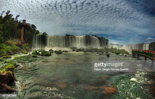 iguaçu falls fisheye view - フォスドイグアス ストックフォトと画像