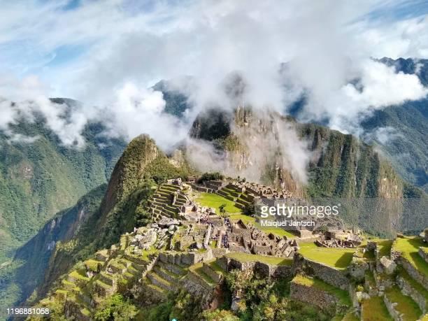 iguaçu falls (cataratas do iguaçu) - iguazu national park - brazil - フォスドイグアス ストックフォトと画像