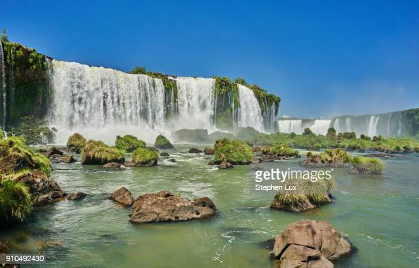 iguazu waterfalls, foz de iguassu, parana, brazil, south america - フォスドイグアス ストックフォトと画像
