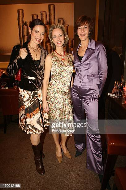 "Iha Von Der Schulenburg, Mareike Carriere And Sandra Maahn In The ""Gala Private Lounge"" In The Brasserie ""The Bank"" in Hamburg."