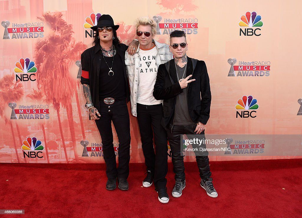"NBC's ""2015 iHeartRadio Music Awards"" - Arrivals Behind the Line : News Photo"
