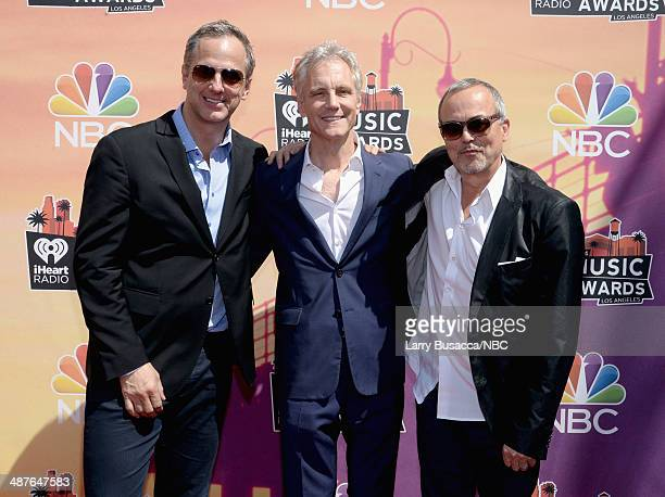 iHEARTRADIO MUSIC AWARDS Pictured President National Programming Platforms for Clear Channel Radio Tom Poleman President of Entertainment Enterprises...
