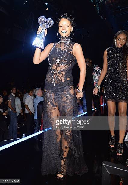 iHEARTRADIO MUSIC AWARDS Pictured Singer Rihanna accepts the award for Song of the Year onstage during the iHeartRadio Music Awards held at the...