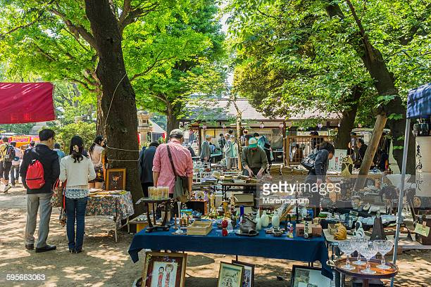 iidabashi, antiques market - フリーマーケット ストックフォトと画像