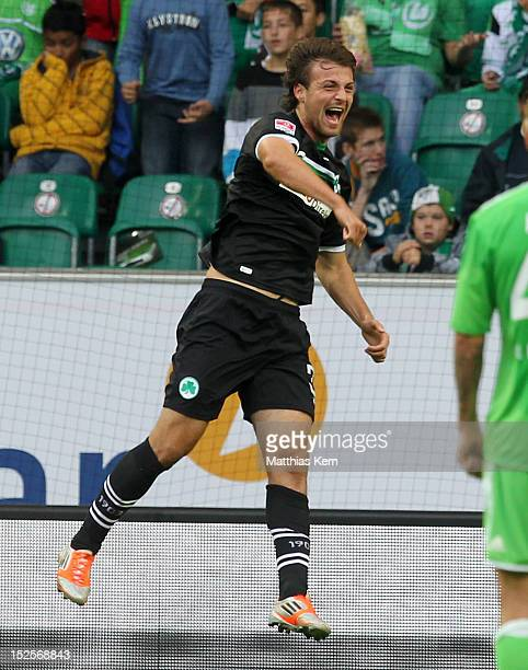 IIir Azemi of Fuerth jubilates after scoring the first goal during the Bundesliga match between VFL Wolfsburg and SpVgg Greuther Fuerth at Volkswagen...